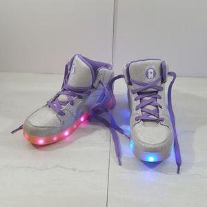 Flashing silver glitter midtop girls shoes